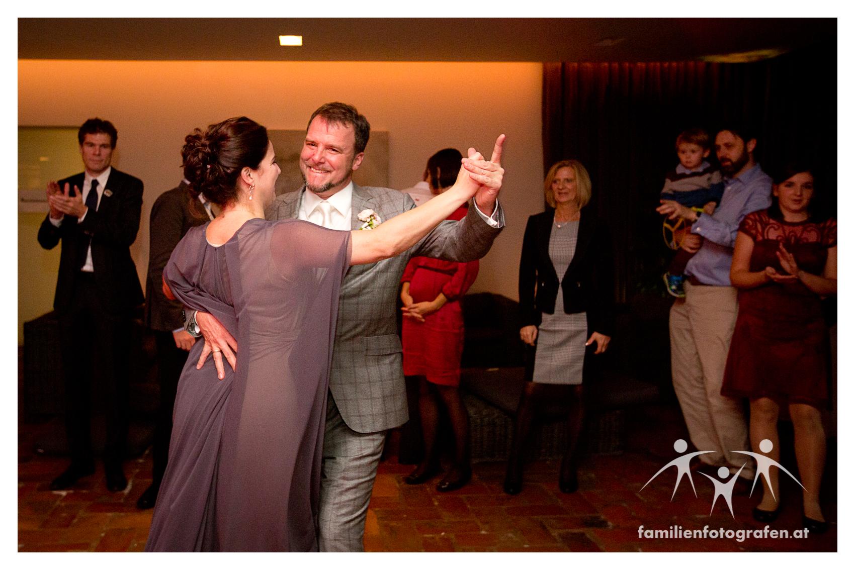 Fotograf Hochzeit Wien Heurigen Reisenberg-3