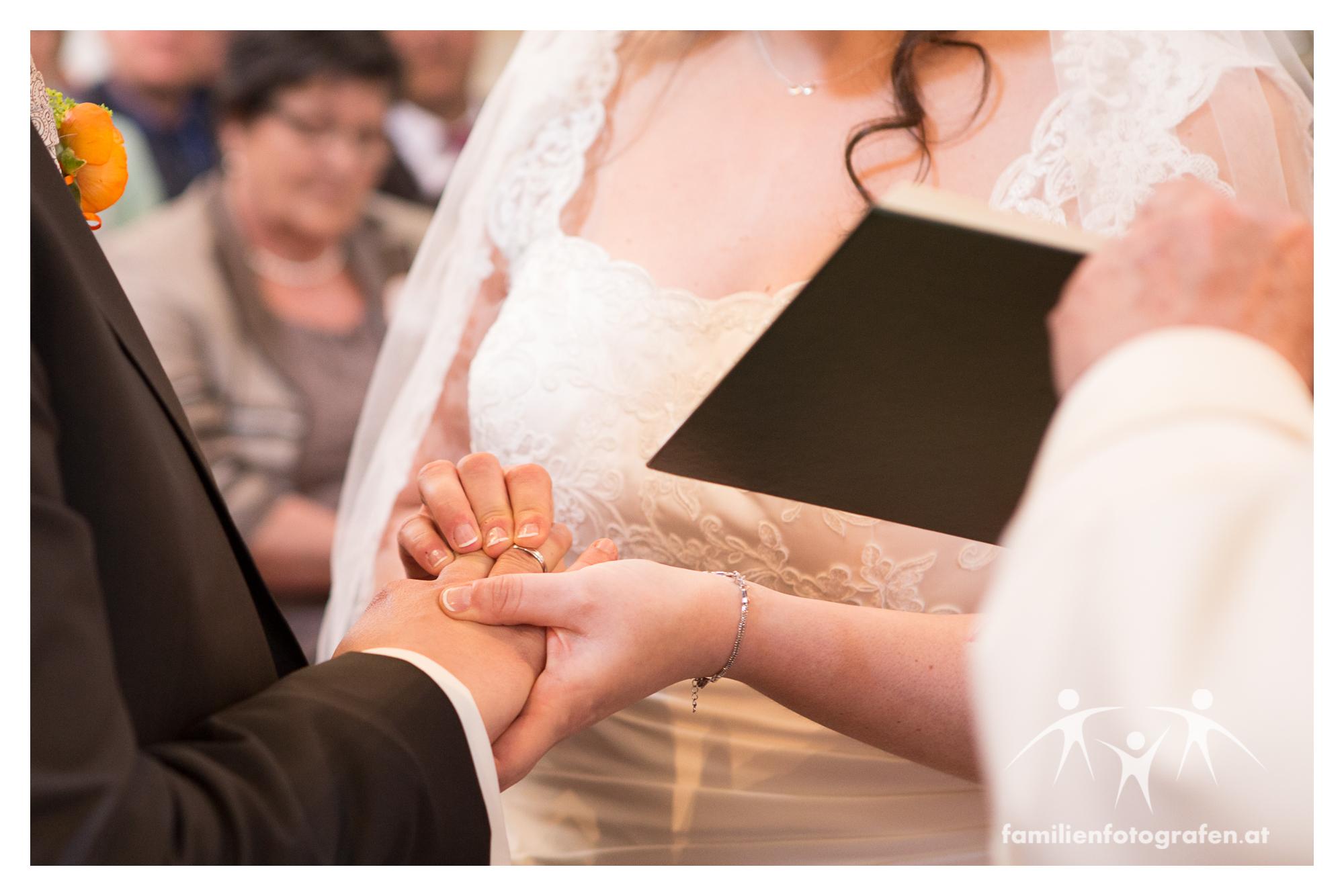 Hochzeit Veranstaltungshalle Ernstbrunn Fotograf-26